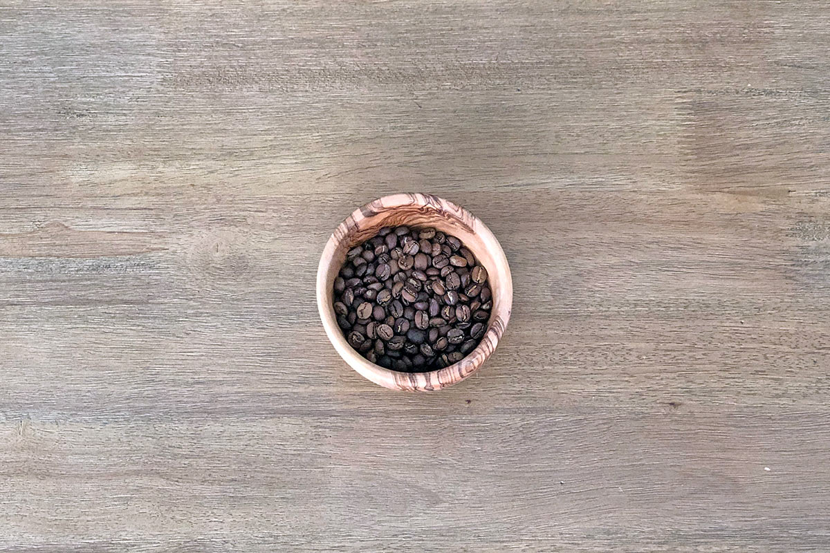 Roasted coffee in a bowl