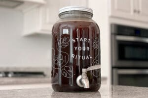 Cold brew coffee steeping