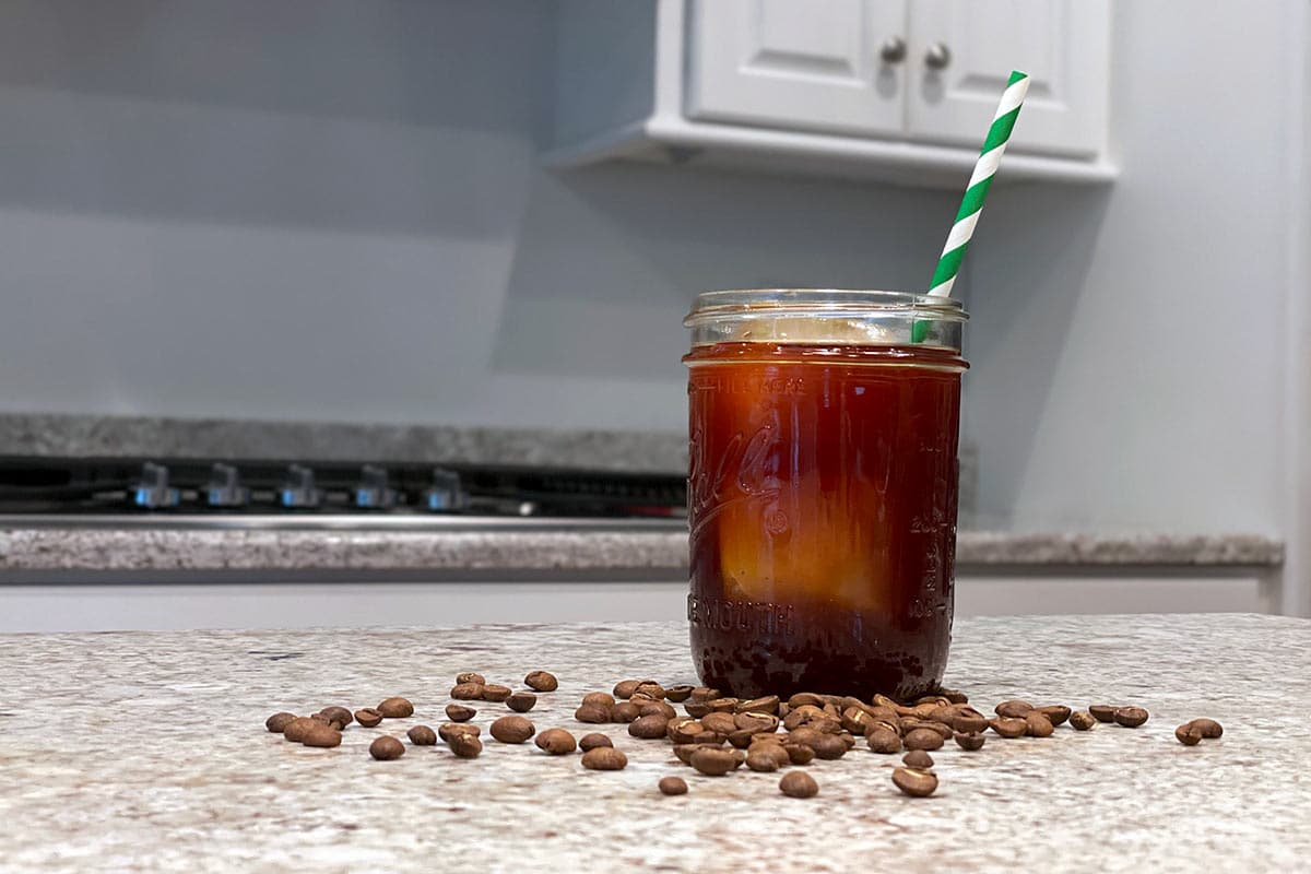 Cold Brew coffee in a mason jar