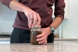 Add lid | How to Make Cold Brew in a Mason Jar